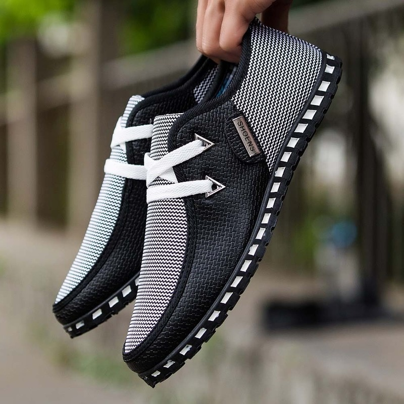 2021 Men Casual Shoes New Arrival Breathable Light Flats Loafers Slip On Mens Driving Trainers