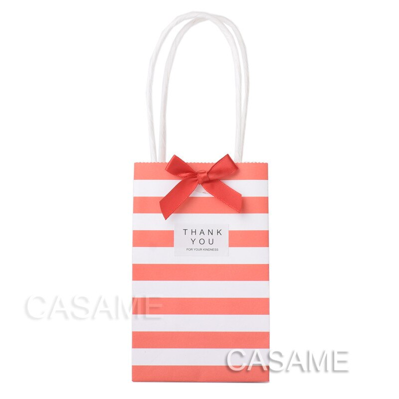 50 piezas boda cumpleaños decoración fiesta suministros pequeña mini bolsa de regalo con asas bolsa de regalo de papel para caramelo joyería color