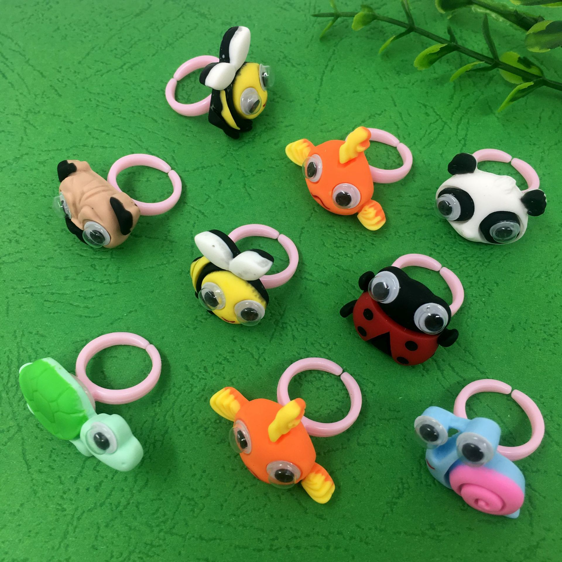 5pcs/pack Three-dimensional resin animal bracelet animal eyeball movable cute cartoon animal ring фото