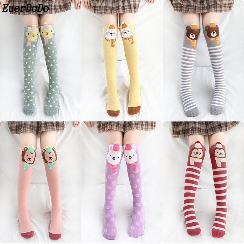 Calcetines de algodón con dibujos animados hasta la rodilla para niñas de 3, 4, 6, 8, 10, 12 años, material barato para niñas de primavera, Otoño e Invierno