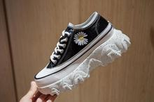 joker Super fire Little women shoes Daisy Dazzle colour Sponge cake  new lace-up bottom of the thick Sports shoe Leather sandals