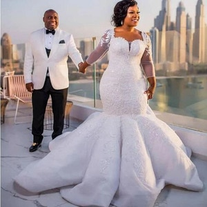 Dubai African Sweetheart Mermaid Bridal Gown Long Sleeves Tulle Lace Appliques Crystals Beaded Pleated Wedding Dress 2021