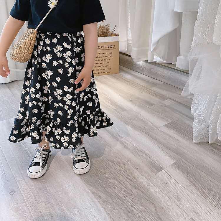 Falda de Margarita pequeña de longitud media para niña, falda de verano para niños con hoja de loto, versión coreana de gasa con lunares, falda de flores rota