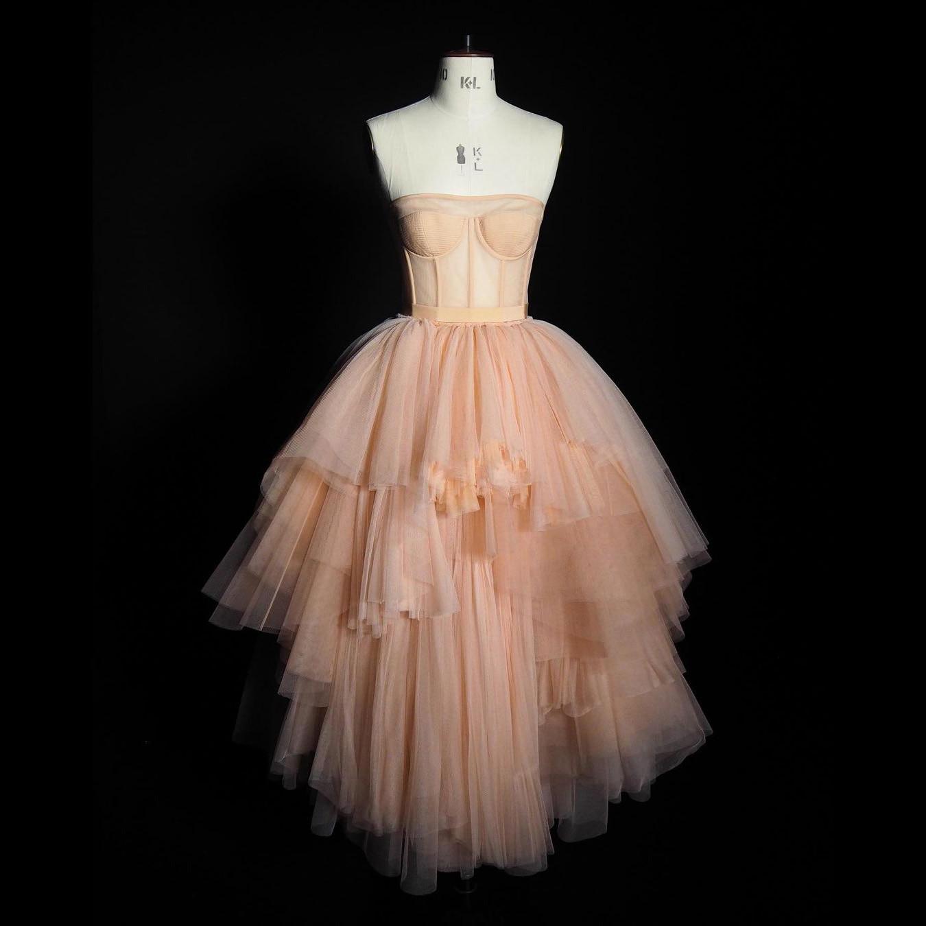 فستان من قماش التول من MistyRose فستان منفوش ذو طبقات بدون حمالات فستان أنيق طويل رسمي للحفلات باللون الوردي للنساء في شارع العليا