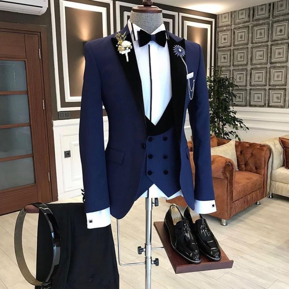 2020 أحدث الأزياء البحرية الأزرق زي أوم رجل الأعمال الدعاوى الزفاف الدعاوى للرجال Ternos Masculinos يتأهل البدلات الرسمية 3 قطعة