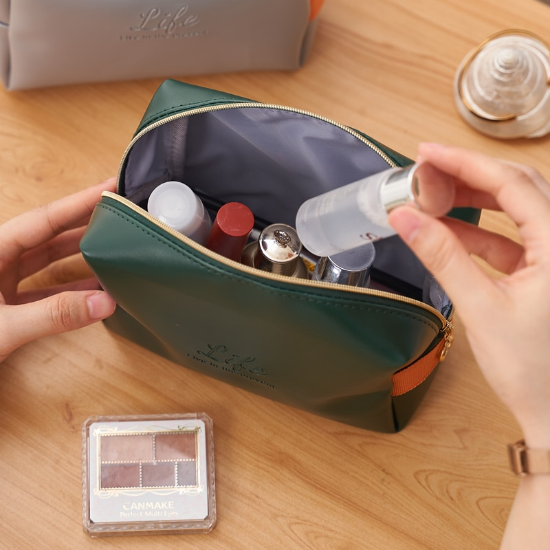 High Quality Portable Women Make Up Cosmetic Bag Waterproof Beauty Case Organizer Toiletry Kits Bags