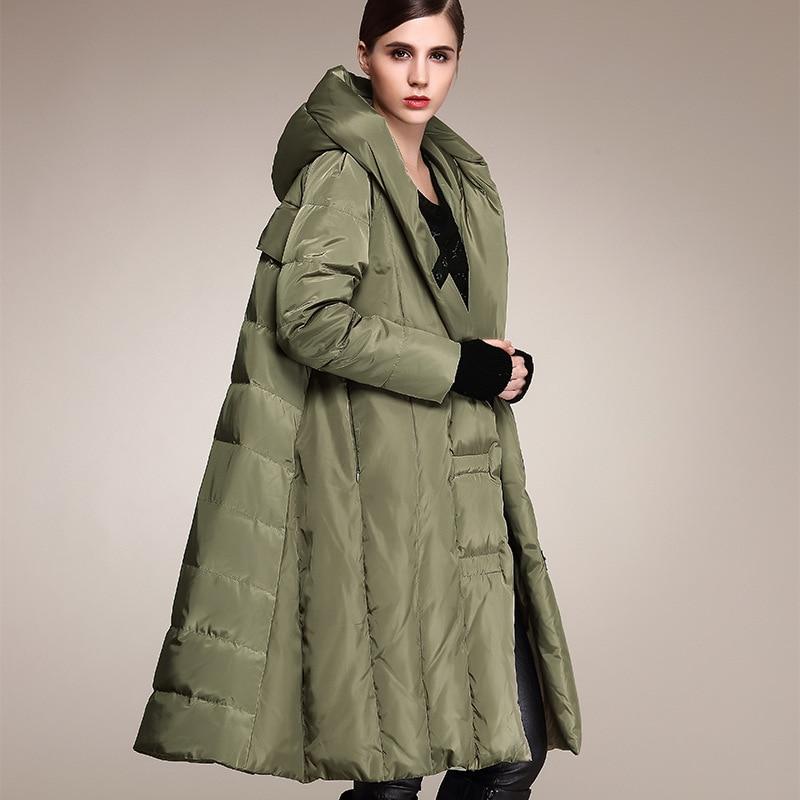 الشتاء زائد حجم 90% بطة أسفل معطف الأزياء المتضخم مقنعين عباءة نمط طويل أسفل سترة الإناث فضفاضة سمكا الدافئة معطف Wj1307
