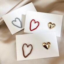 Vintage Asymmetric Irregular Love Stud Earrings Metal Hollow Heart Temperament Wild Earrings For Women Students Brincos Jewelry