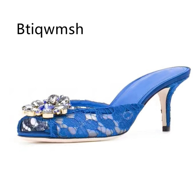 حجر الراين النعال النساء اللمحة تو كريستال زهرة الدانتيل أحذية عالية الكعب امرأة مثير البغال الصنادل