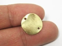 50pcs brass round connectors textured charms 15x0 5mm wavy raw brass pendant with 2 holes r703