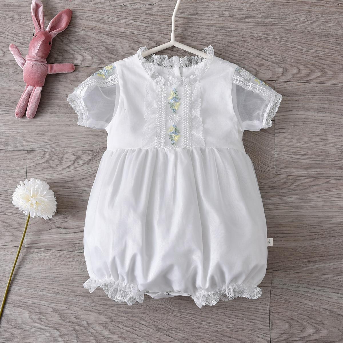 ملابس أطفال إسبانية لعام 2021 ملابس أطفال حديثي الولادة رومبير وبلوزات ألعاب للأطفال ملابس من الدانتيل لأعياد الميلاد للبنات بذلة بيضاء للأطف...