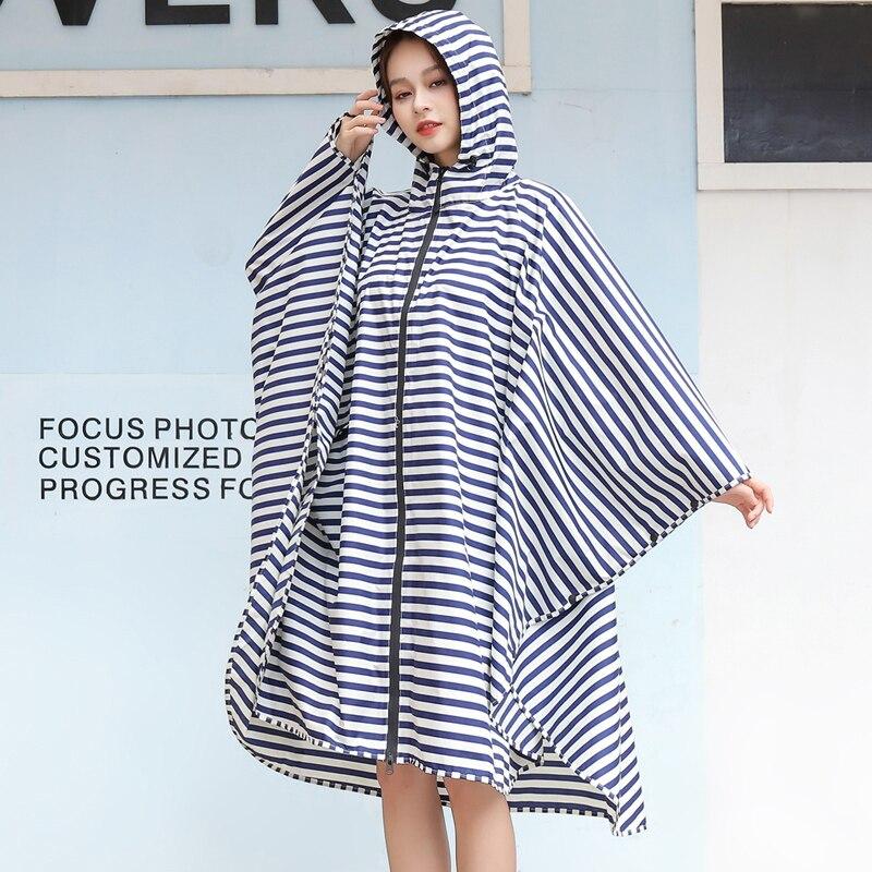 Poncho impermeable para mujer, mochila con cubierta reutilizable para hombres, impermeable de plástico, ropa de lluvia con capucha EB50YY