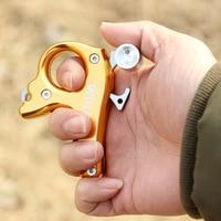 Bow And Arrow Equipment Three-Finger Grip Dispenser Composite Archery Supplies Accessories Outdoor Hand Sprinkler Metal Release