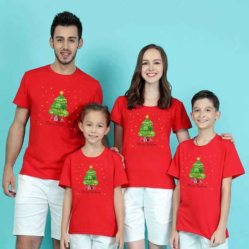Фото - Christmas Family T Shirt  Xmas Matching Outfits  Mother Father Daughter Son Set Family Look Mommy Daddy And Me Clothes Baby Body haig m father christmas and me