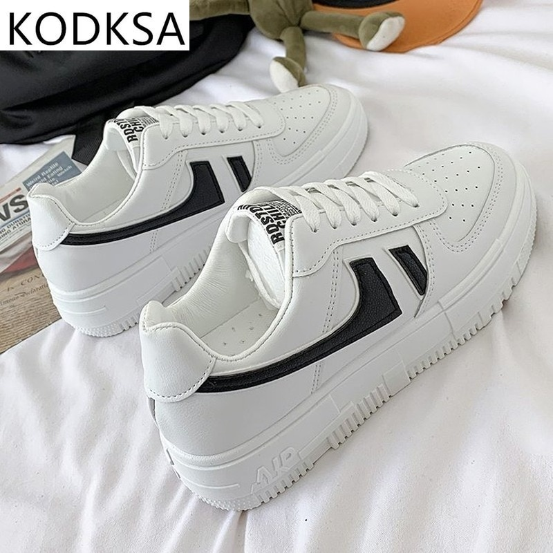 2020 Hot Flats Woman Sneakers Women's Shoes Ladies Casual Breathable Female Vulcanized Shoes Lace Up Woman Comfort Walking Shoes summer women snake platform sneakers lace up female pu glitter star shoes flats vulcanized shoes fashion woman walking footwear