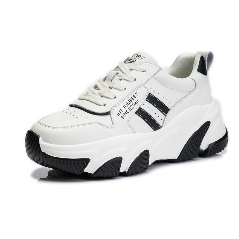 أحذية رياضية جديدة لعام 2021 أحذية غير رسمية قابلة للتنفس