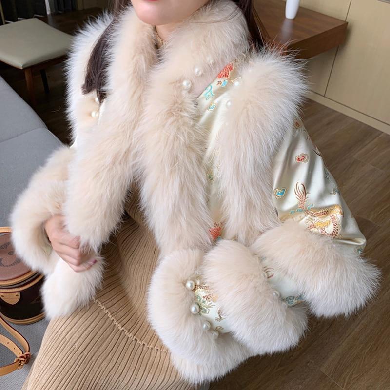 SHZQ جديد وصول الصينية التقليدية الشتاء معطف المرأة مع ريال فوكس الفراء طوق تقليم الفاخرة سيدة الخريف جاكيتات ريال الفراء أبلى