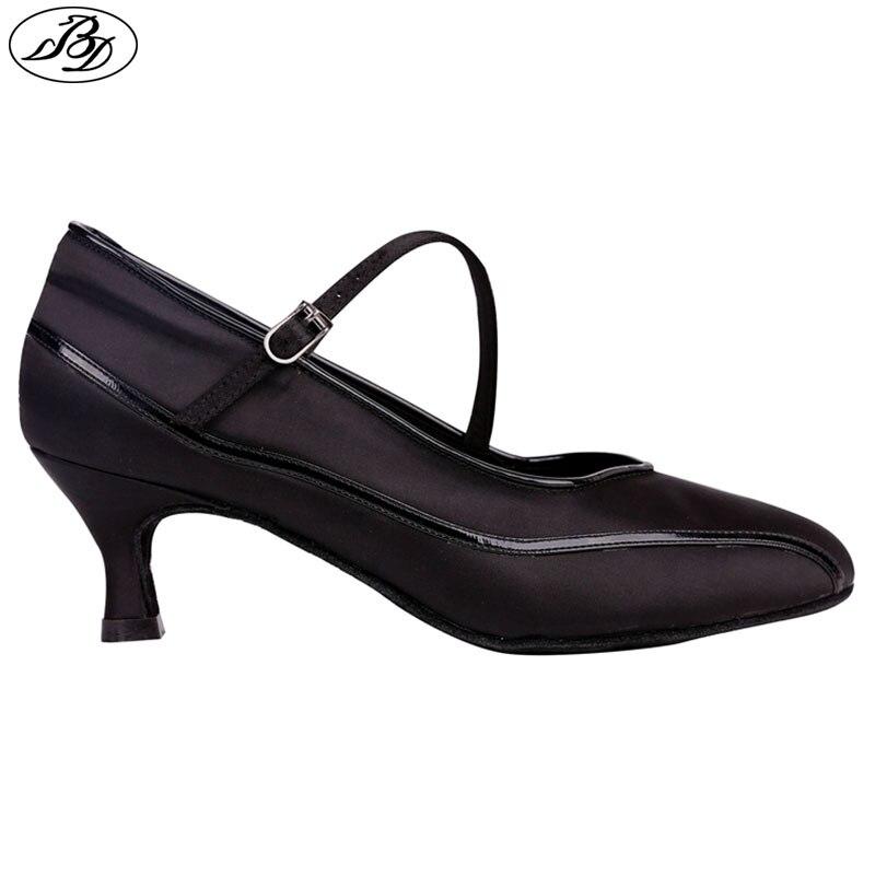 Novo estilo feminino sapatos de dança padrão bd1303 preto cetim senhora sapatos de dança de salão sola couro macio moderno patente