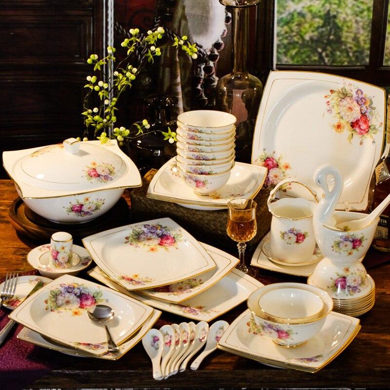 Jingdezhen السيراميك وير طقم أطباق المنزلية عالية الجودة الذهب تتبع النمط الغربي العظام الصين مجموعة أدوات المائدة الذهب تتبع أدوات المائدة