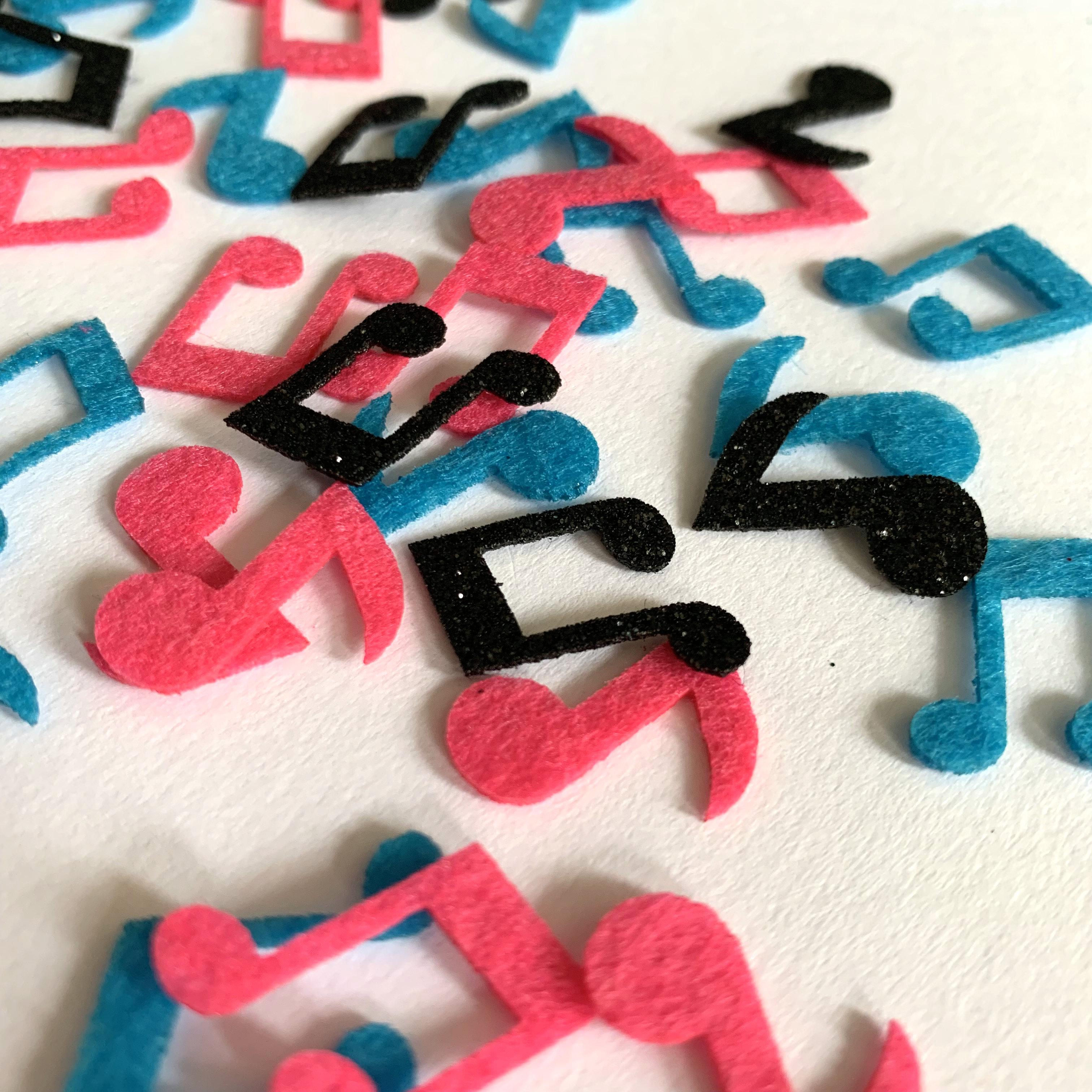 Nota musical confeti trébol Feliz cumpleaños Mesa Scatters decoraciones Glitter no tejido suministros de fiesta