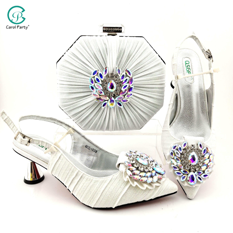 التصميم الإيطالي 2021 وصول موضة جديدة ملونة كريستال الديكور نمط النساء الأحذية و مجموعة الحقائب باللون الأبيض للحزب