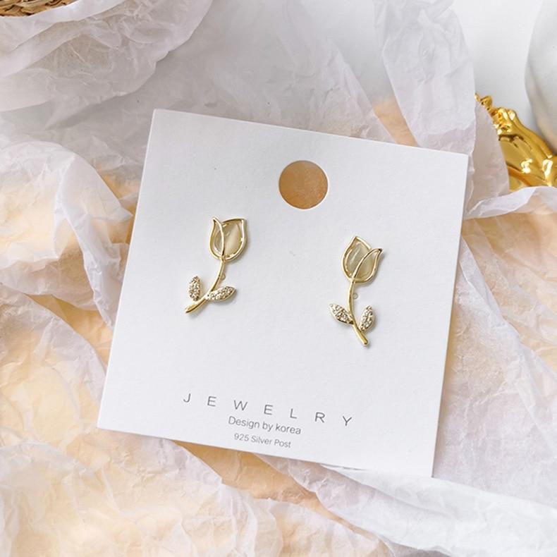Nuevo diseño, pendientes de ópalo elegantes con flor de tulipán versión coreana para mujer, conjunto de micro circonitas brillantes, pendiente femenino para vacaciones