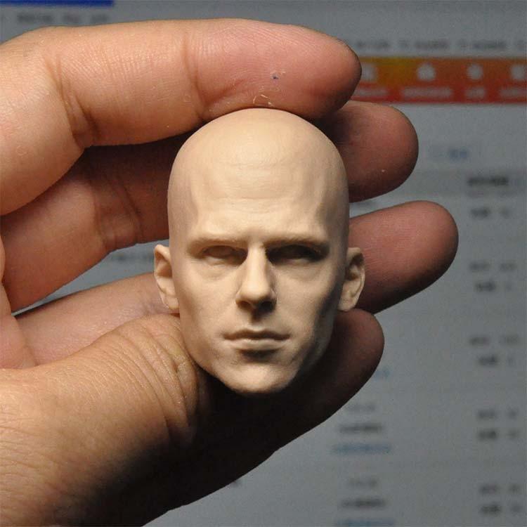 Modelo de cabeza sin pintar a escala 1/6 para figura de 12...