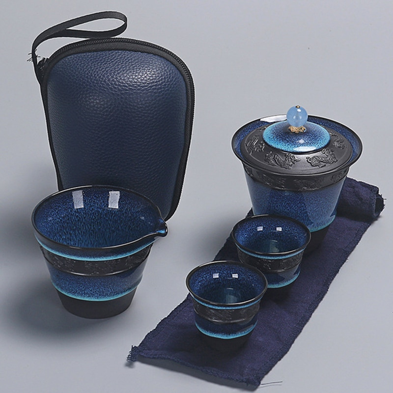 طقم شاي من السيراميك باللون الأزرق الصقيل gaiwan طقم شاي الكونغ فو 1 إبريق شاي مع 2 فنجان شاي وإنفوسر ، تصميم رائع لخدمات الشاي أو هدية
