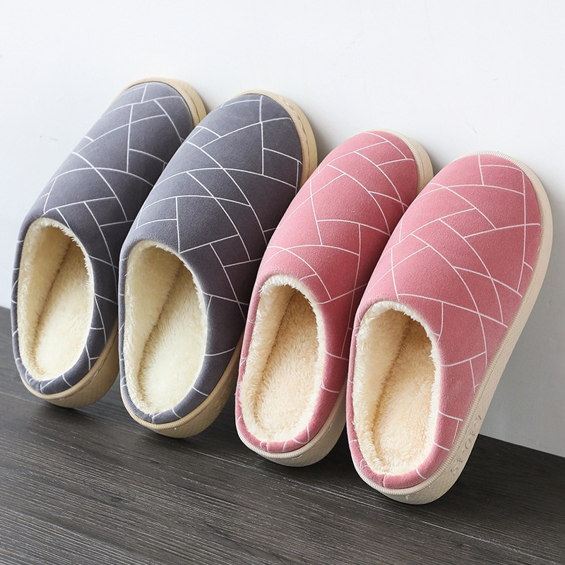 Women Plush Warm Home Flat Slippers Lightweight Soft Comfortable Winter Slippers Women's Cotton Shoes Indoor Plush Slippers 2019 winter women home slippers family couple warm plush slippers indoor household woman shoes bedroom unisex comfortable soft