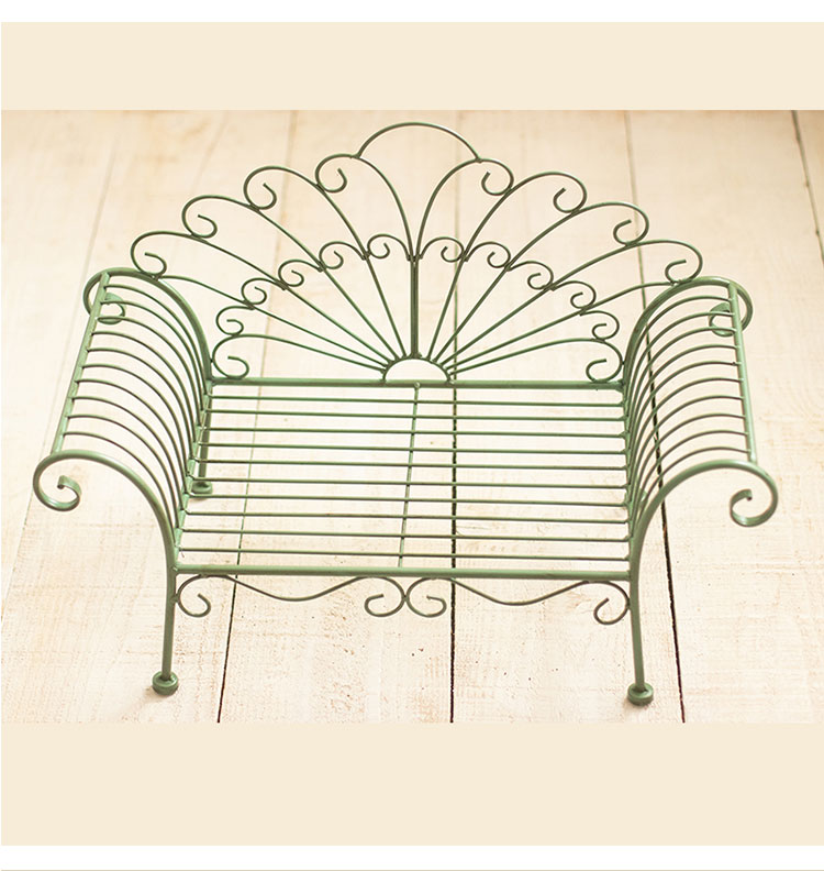 Phoenix tail imperial concubine iron bed deck chair bed new baby photo props decoration container enlarge