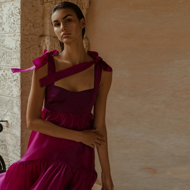 فستان طويل بنفسجي أنيق للنساء لحفلات الزفاف الصلبة بلا أكمام كشكش ماكسي شاطئ بوهو فستان بدون ظهر مثير فستان ستان السيدات