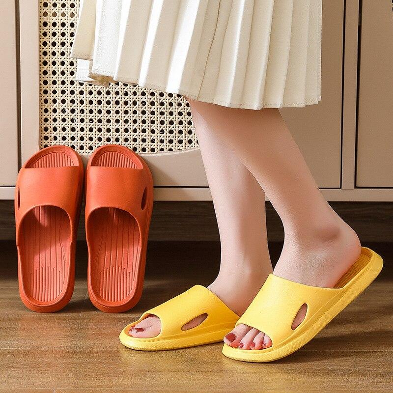 New Couple Thick Platform Slippers Summer Beach Eva Soft Sole Slide Sandals Leisure Men Ladies Indoo