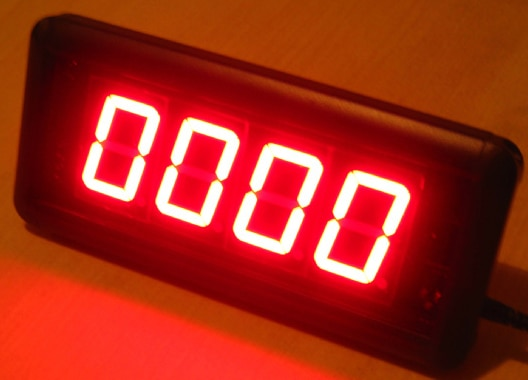 1.8inch red color 9999 days countdown clock event, examination, sports day countdown(HIT4-1.8R)