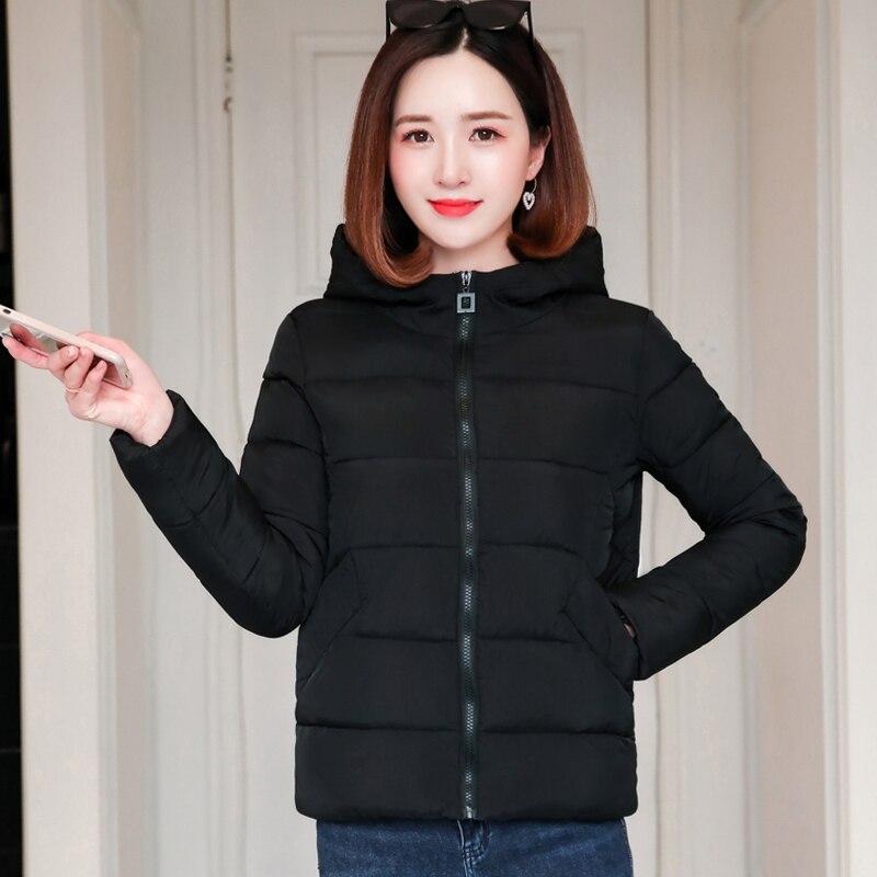 Chaqueta Casual de invierno otoño negro rojo 2019 con cuello de pie acolchado prendas de vestir abrigo femenino Parka corta Casaco femenino