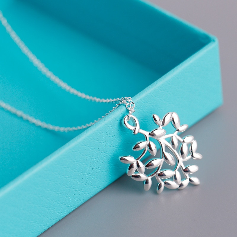 European and American necklace new olive leaf necklace s925 sterling silver necklace female leaf pen