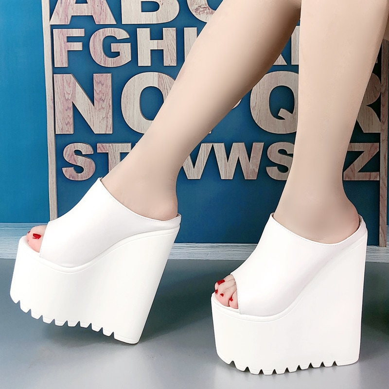 2021 summer new style slope Heel Sandal Flip Flop super high heel 17cm muffin thick sole women's shoes