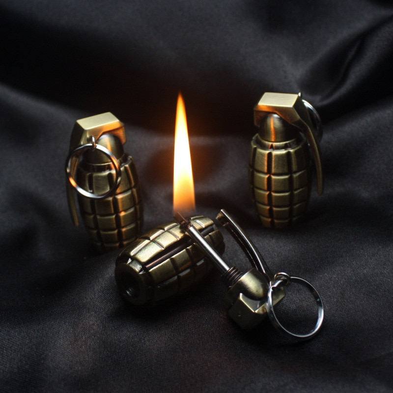 fashion men women emergency gear fire stash waterproof mini lighter pendant keychain key chain key ring real fire lighter 10,000 Times Lighted Kerosene Lighter Matches Keychain pendant Multifunctional Outdoor Waterproof Matches Fire Starter Gadgets