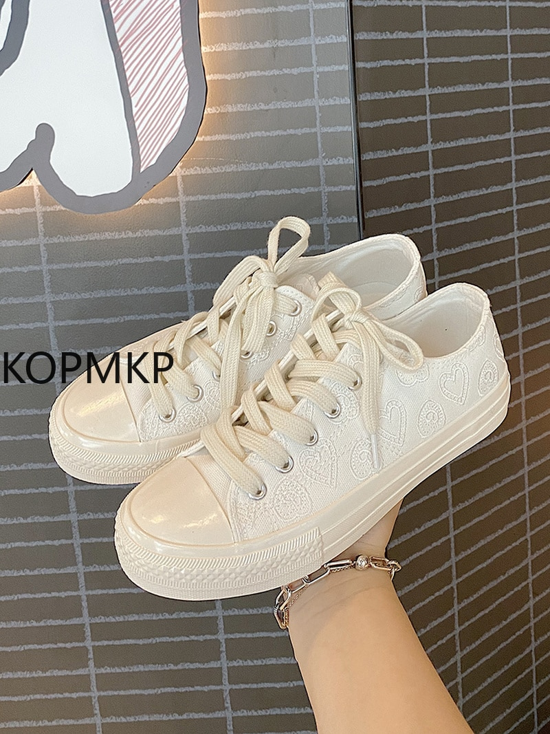 brand canvas casual 2021 Brand Designer Embroidered Canvas Shoes All-match Sports Shoes Women Casual Round Toe Flat Shoes Single Shoes Women