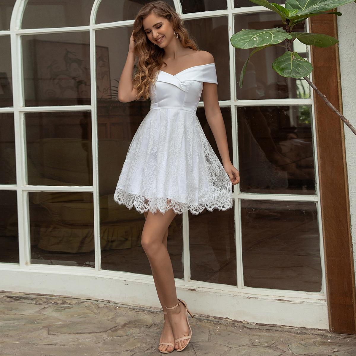 Angel-fashions فستان قصير لحفلات الكوكتيل قصير من الساتان باللون الأبيض على شكل حرف a من الدانتيل بالورود للنساء موضة 668s