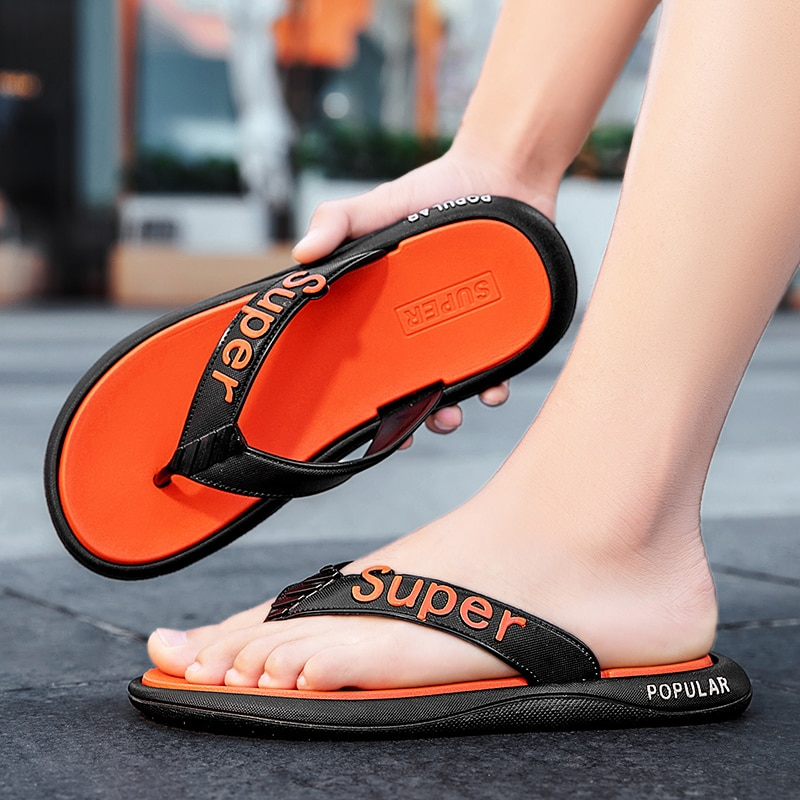 Summer new trend beach slippers simple and versatile non-slip flip flops sandals and slipperss multi-color optional