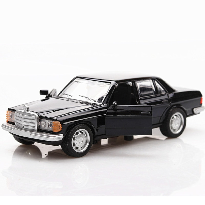 1/36 Boxed Simulation Car Model Toys E-class W123 Black Classical Car Retro Autos Pull Back Function Model 2 Doors Opened