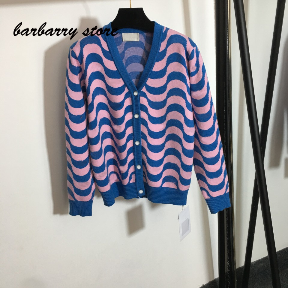 luxury brand wavy letter printing fashion women's top temperament V-neck Versatile Single breasted long sleeve knitted cardigan enlarge