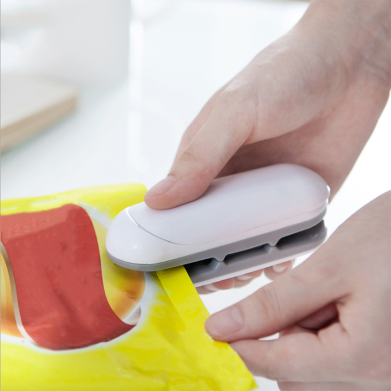 2021 HOT best Portable Mini Sealing Household Machine Heat Sealer Capper Food Saver For Plastic Bags Package Mini Gadgets