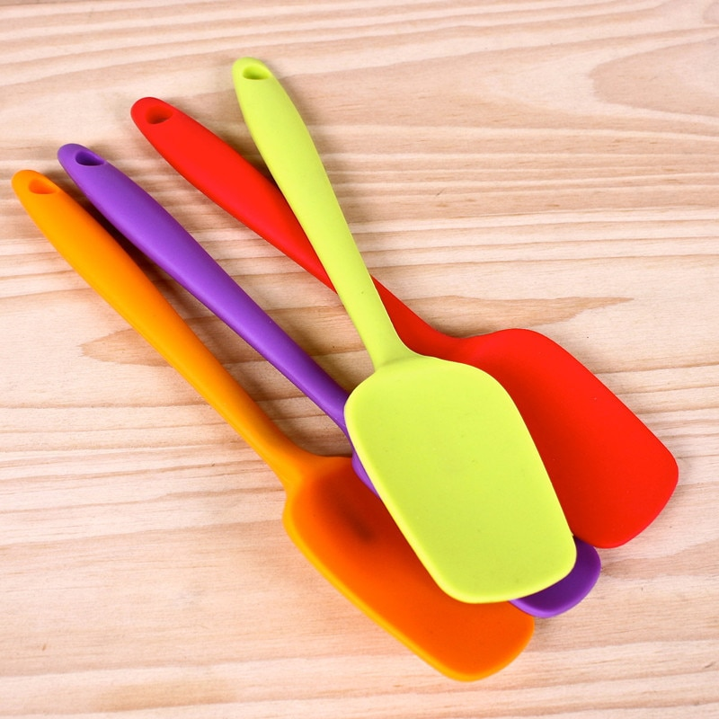 Hot Universal Heat Resistant Integrate Handle Silicone Spoon Scraper Spatula Ice Cream Cake Kitchen Tool Utensil
