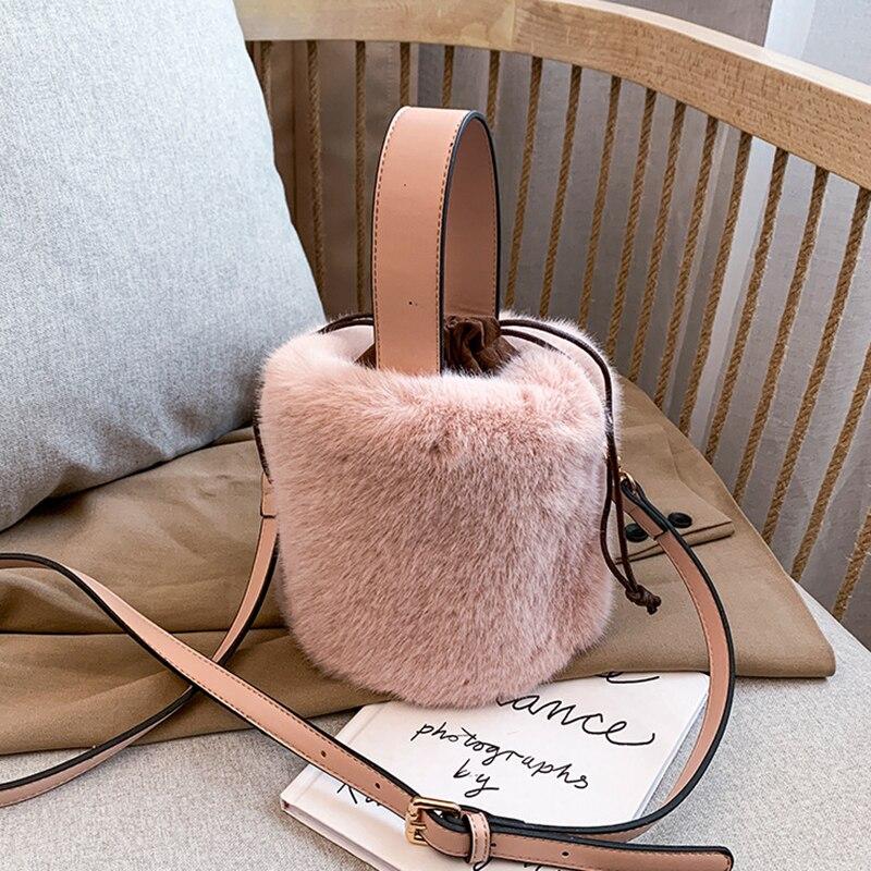 Top Handle Bag Fashion Faux Fur Winter Bags For Women 2021 Shoulder Crossbody Bag Ladies Plush Handbags Designers Bolsa Feminina