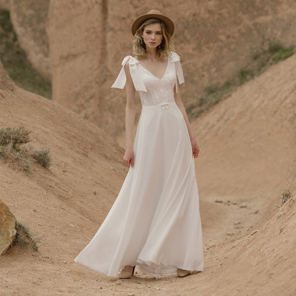 Review Simple Bohemian White Chiffon Wedding Dress Floor Length Backless Bridal Gown For Woman 2021 A Line V Neck None Train Custom