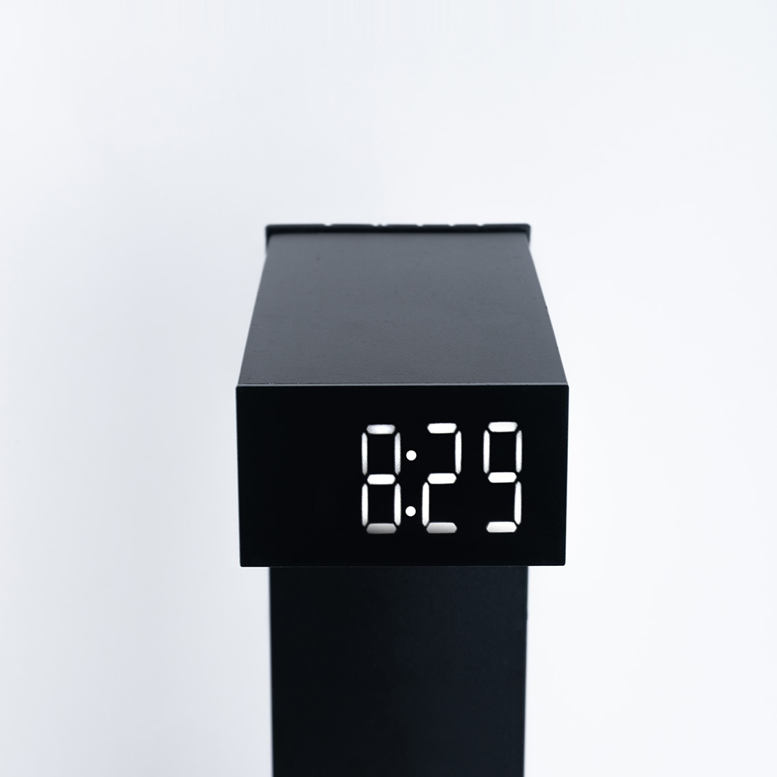 Anti-Gravity Time Hourglass Anti-Gravity Suspended Water Drops Backward Office Decoration Black Technology Creative Birthday Gif enlarge