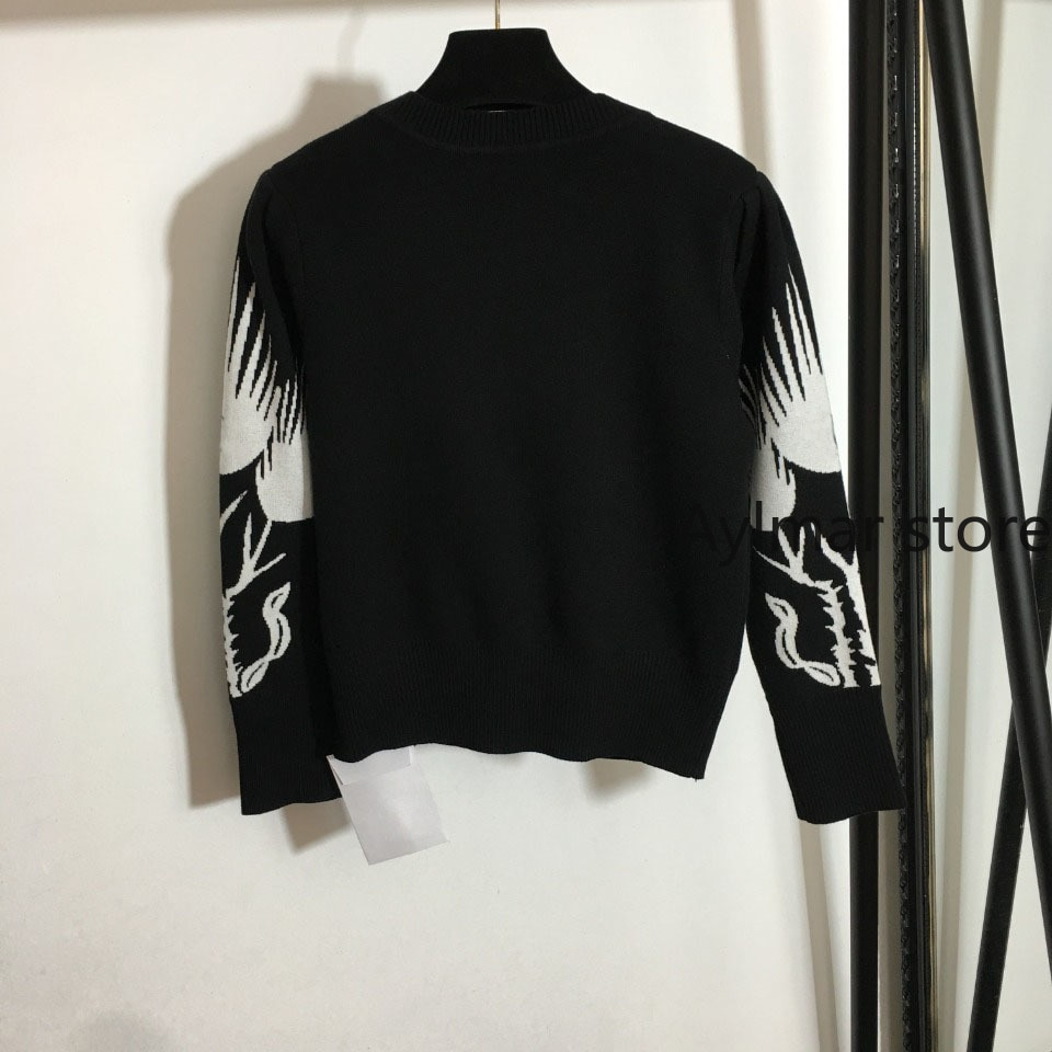 High quality autumn and winter  new women's Kirin arm printed round neck Pullover short knitted sweater womens winter sweaters enlarge