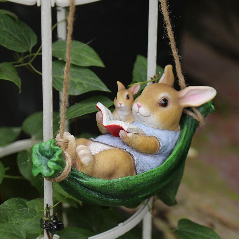 تزيين الحديقة في الهواء الطلق أرنب التماثيل فناء حديقة الحلي اكسسوارات الإبداعية قلادة تمثال راتينج منحوت الحيوان النحت