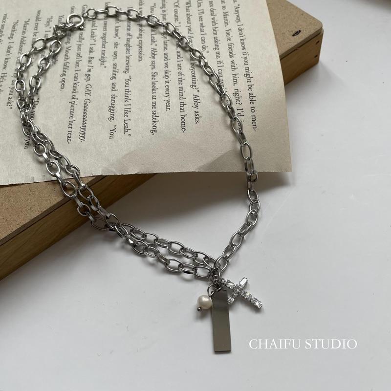Chaifu Studio/X271 minimaliste, chaîne de pull en acier inoxydable avec perles et croix en Zircon assorties